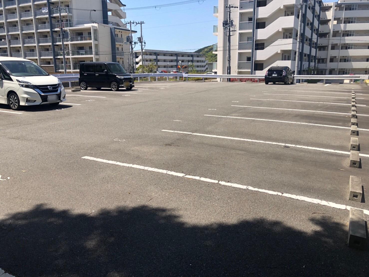 【月極駐車場 神戸市北区唐櫃台】唐櫃駐車場