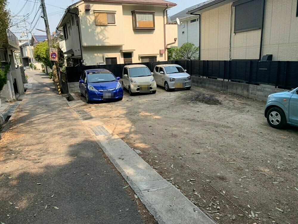 美里駐車場