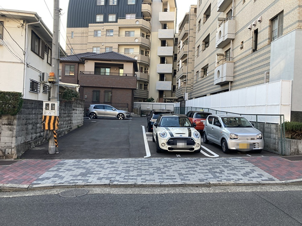 【月極駐車場 神戸市中央区下山手通】花隈パーキング