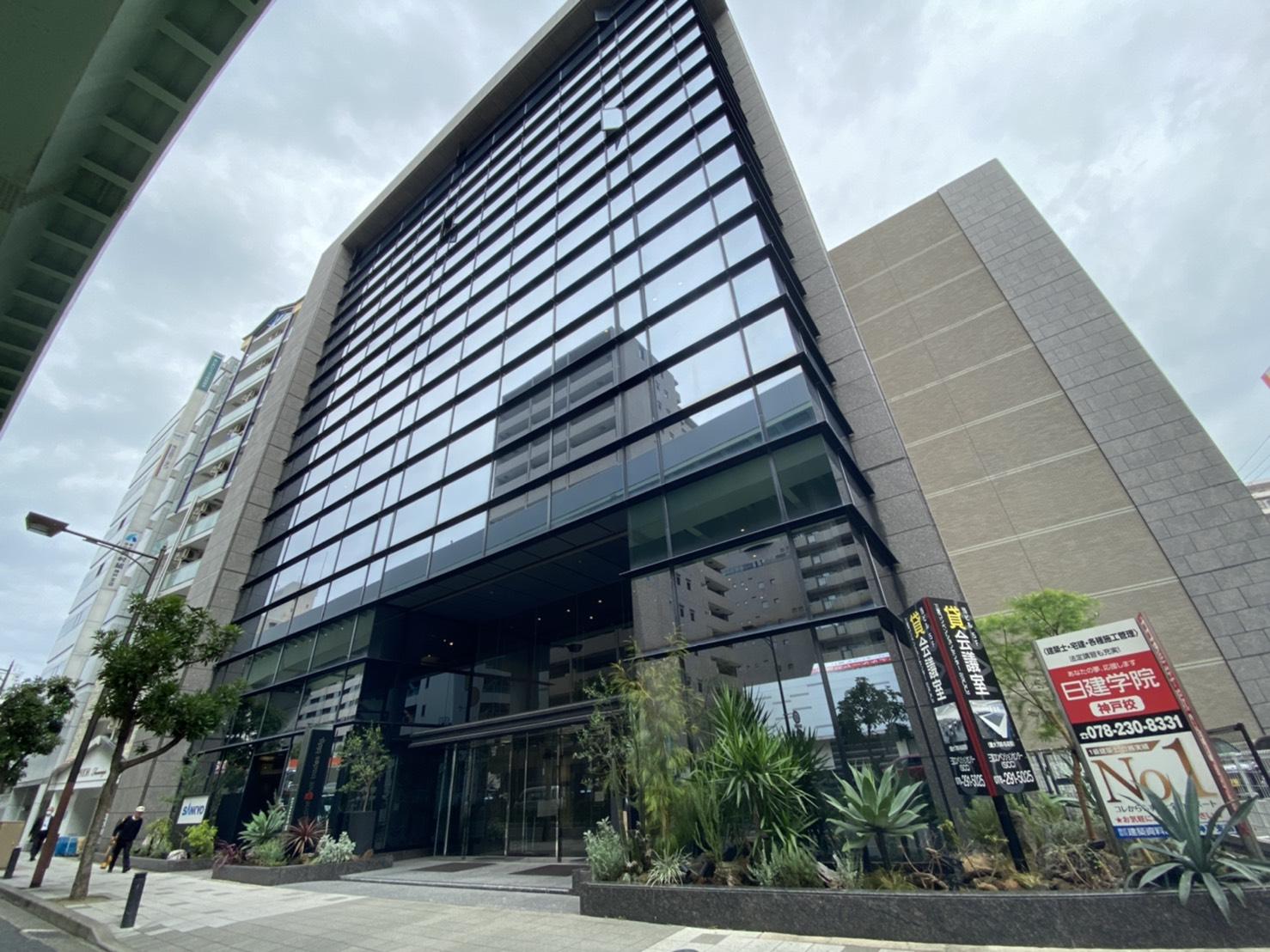 【月極駐車場 神戸市中央区磯辺通】ワンノットトレーズビル駐車場