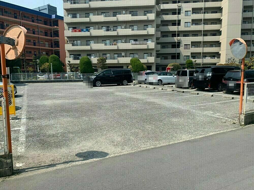 駐車場足立